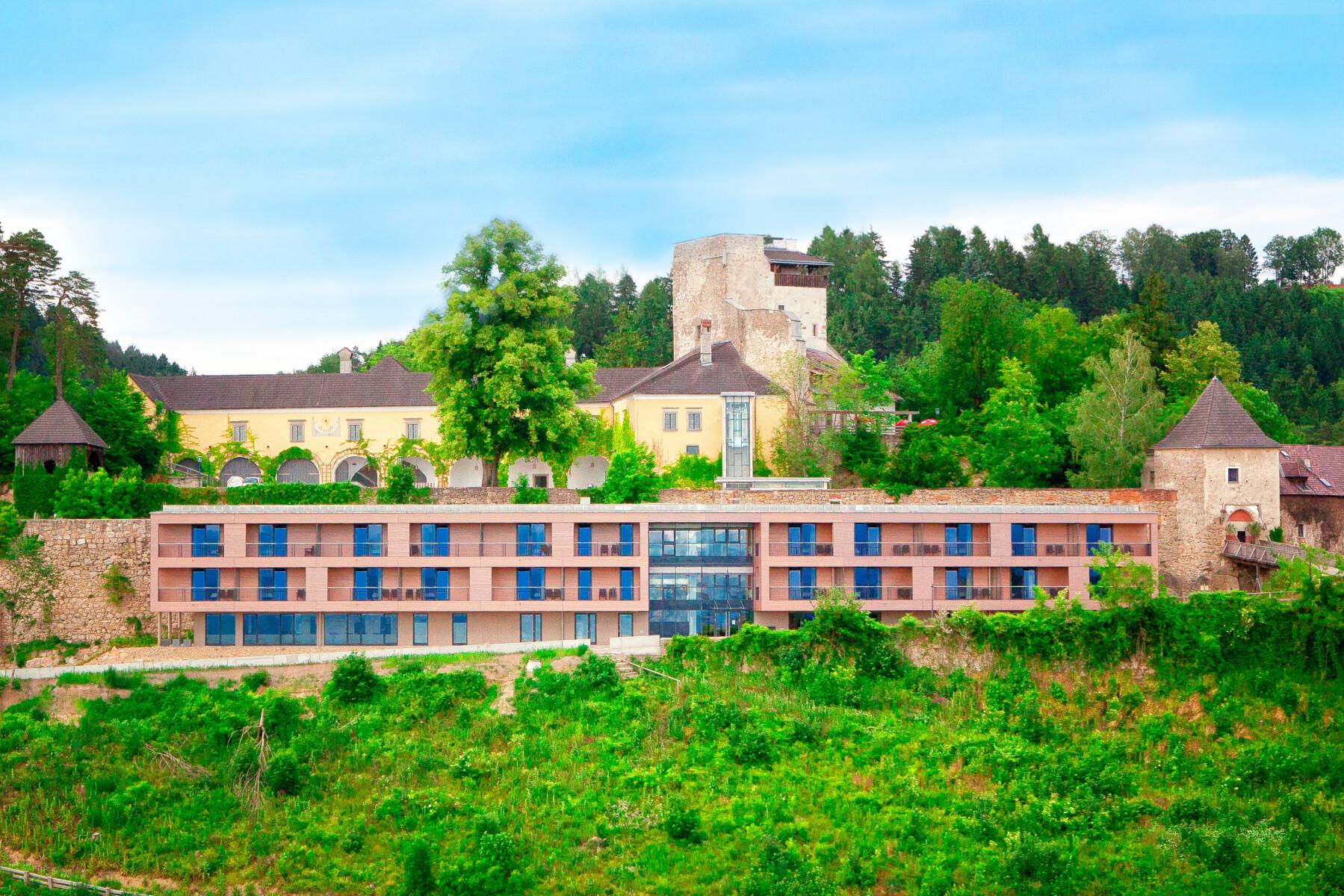 Panorama-Hotel-Kreuzen